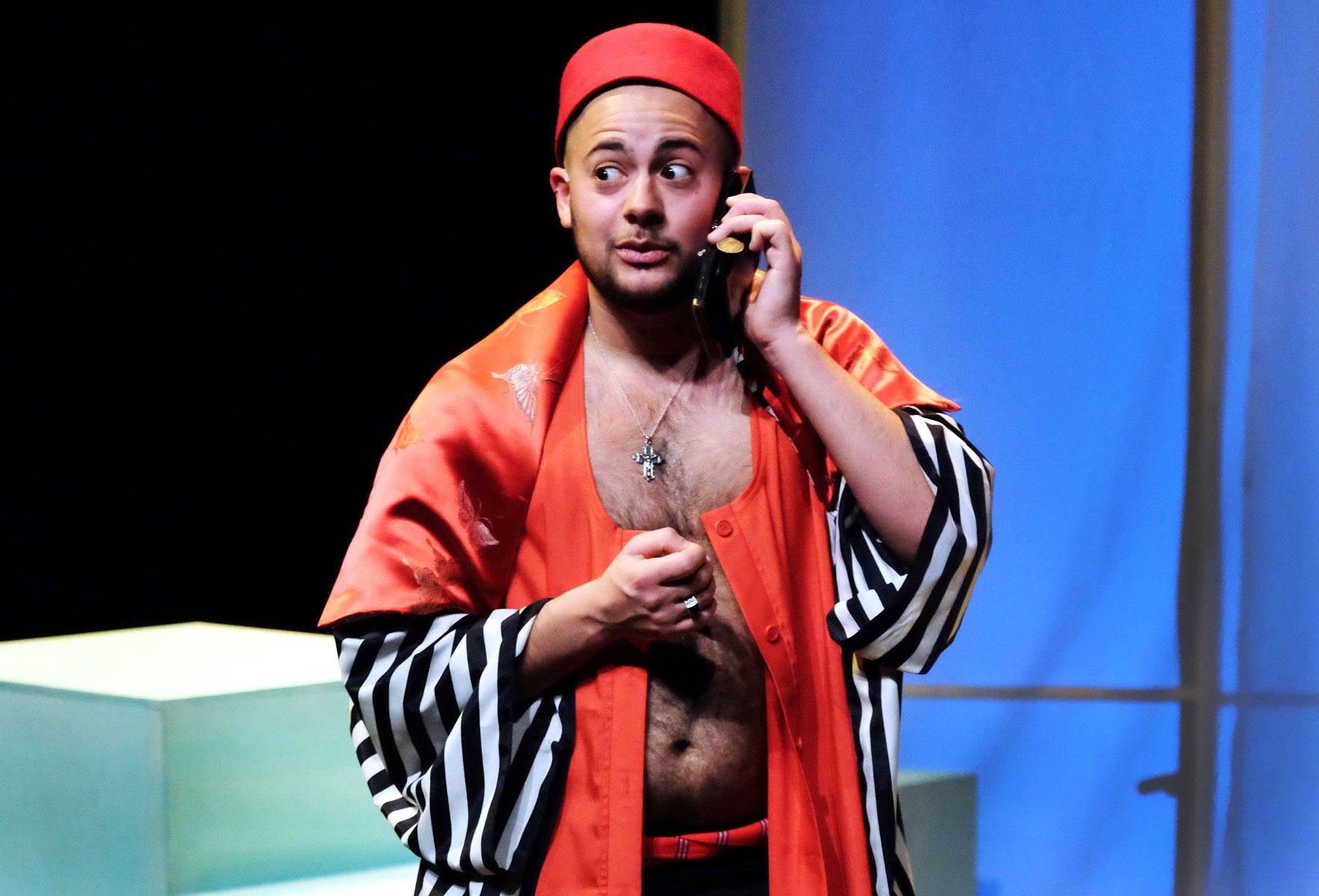 Mounir Samuel in En toen schiep God Mounir Foto Jean van Lingen